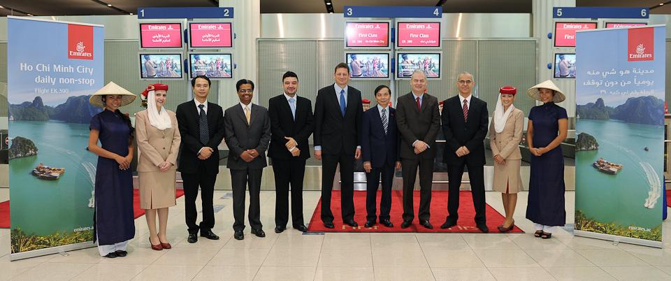 Emirates nimmt vietnam ins streckennetz auf an board des inaugural flight familienreiseblog - Emirates airlines paris office ...