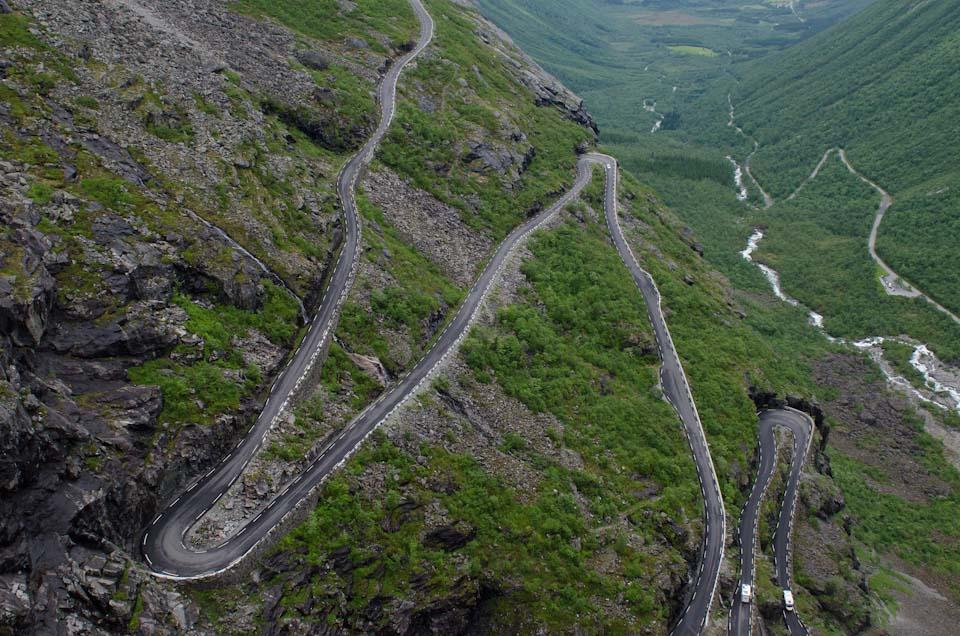 der Trollstigen in Norwegen vom Aussichtspunkt