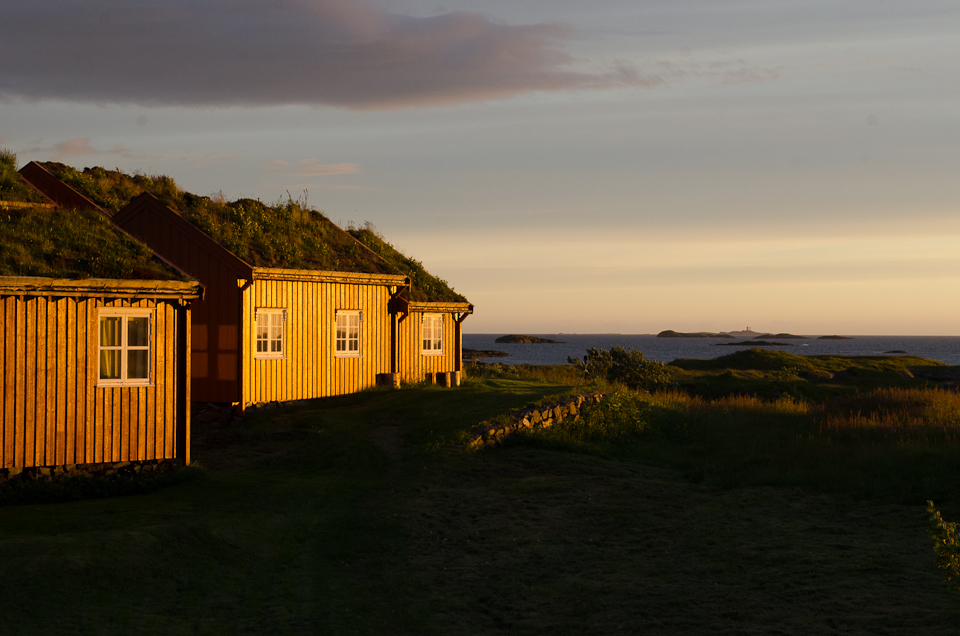 mittsommernacht auf haholmen in norwegen