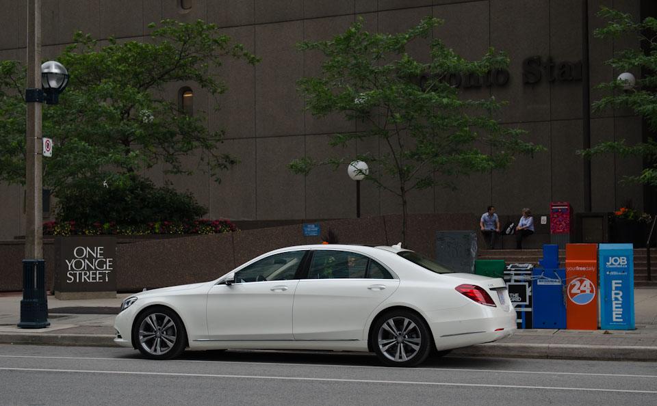 one yonge street mit der S-Klasse von Mercedes-Benz