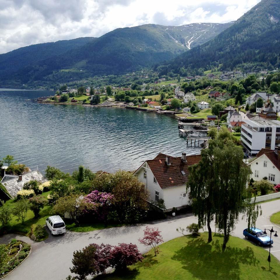 Balestrand Norwegen am Sognefjord