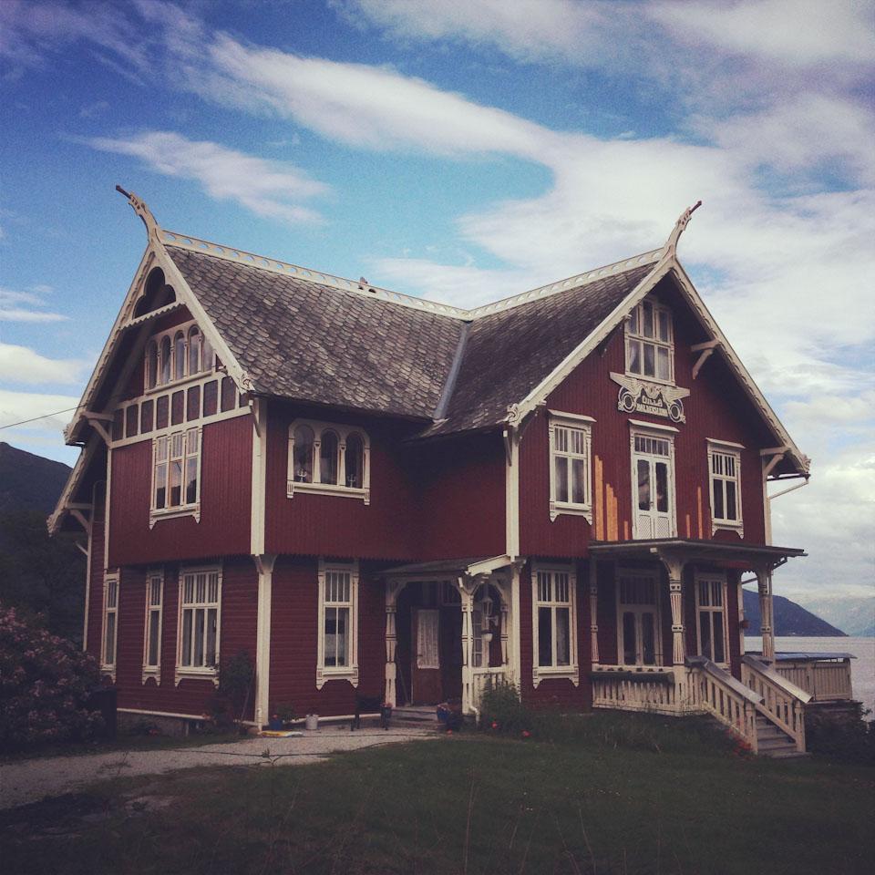 Die Drachenhäuser von Balestrand Norwegen - der Sognefjord ...