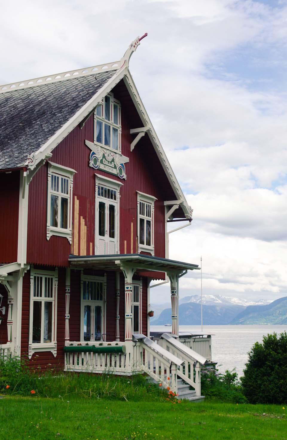 die drachenhäsuer von Balestrand in Norwegen