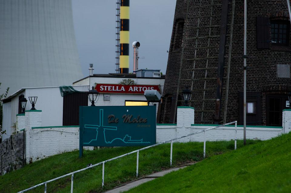 Die alte Mühle im Geisterdorf Doel