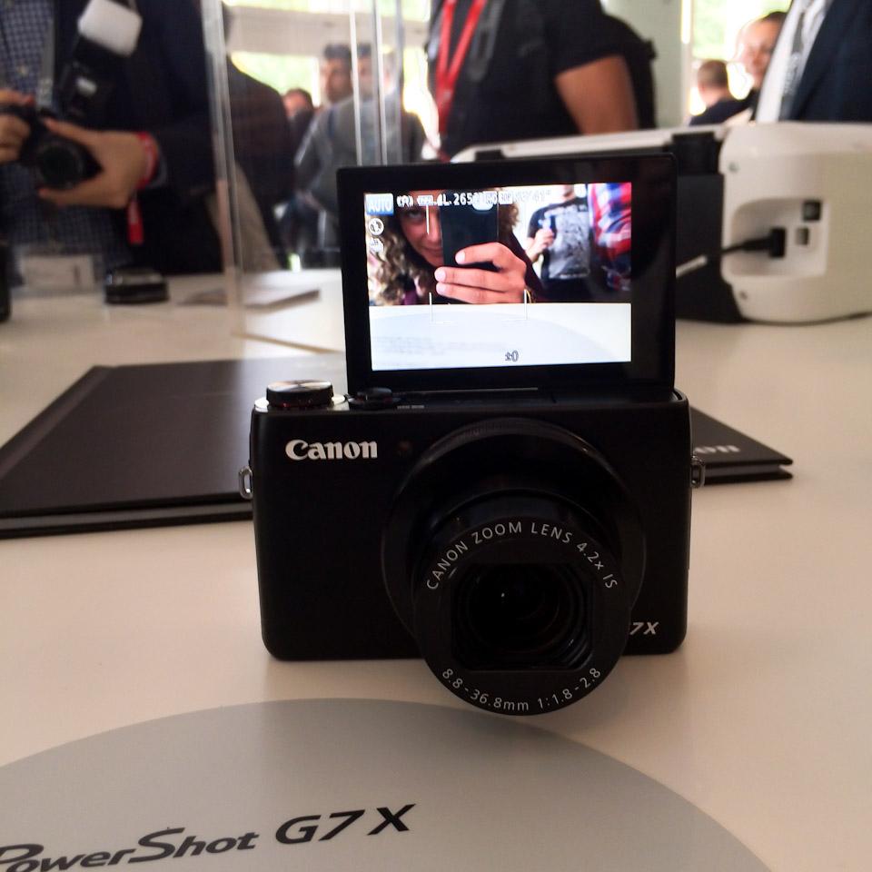 Canon_PowerShotG7X_012
