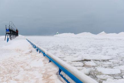 Im Schneesturm durch Michigan – ein Roadtrip in die Eiswüste