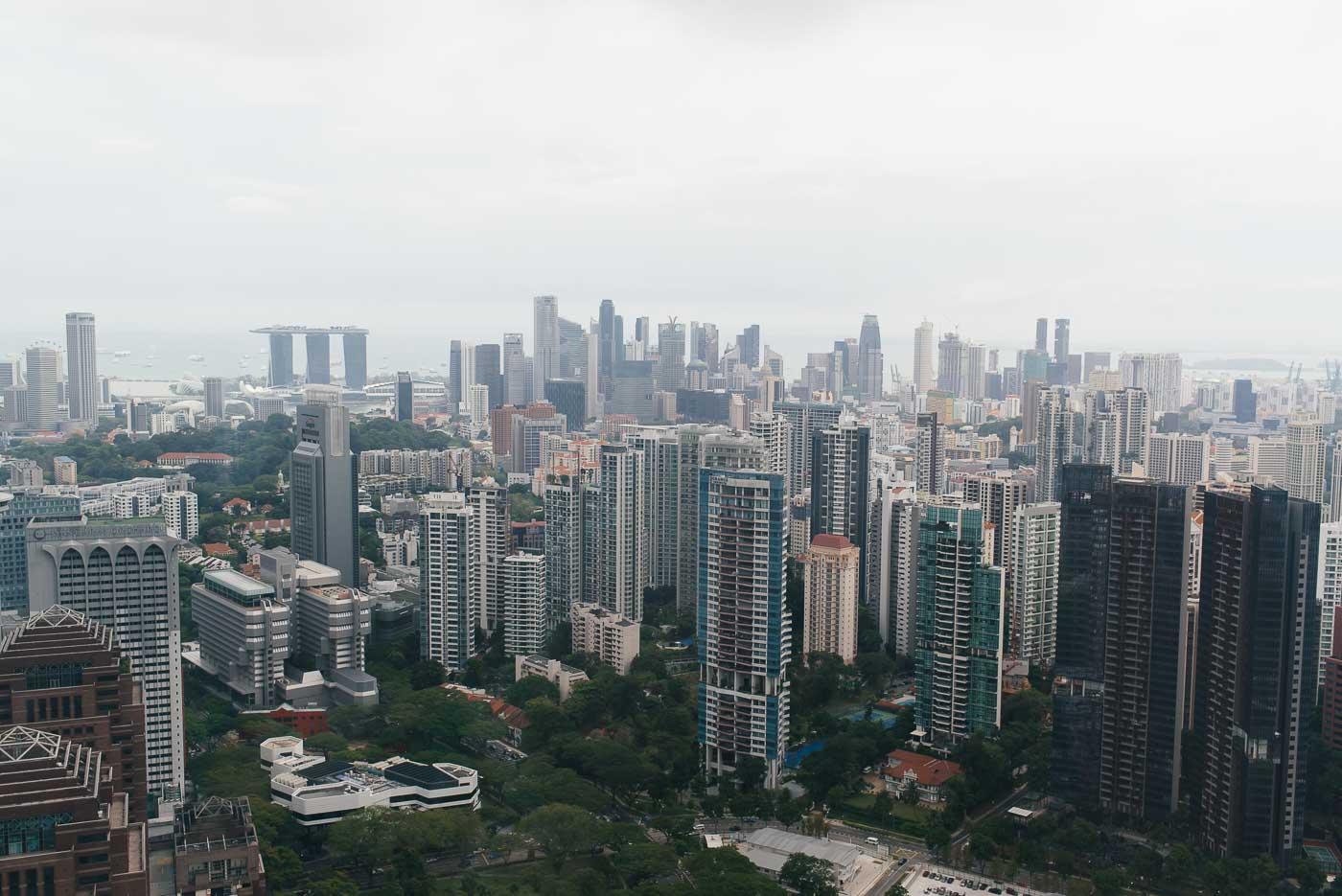 Singapur Sehenswürdigkeiten - Panorama Singapur Ion Sky