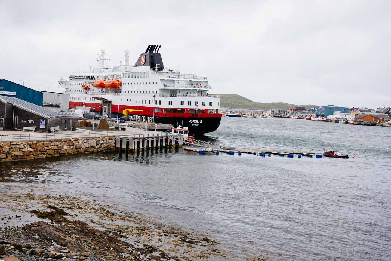 Hurtigruten in Vardø Norwegen