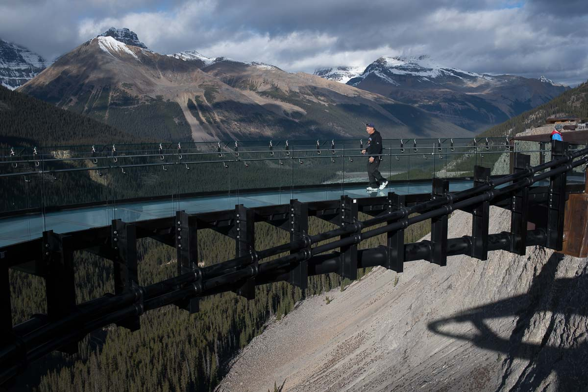 Der Glacier Skywalk am Icefields Parkway in Kanada