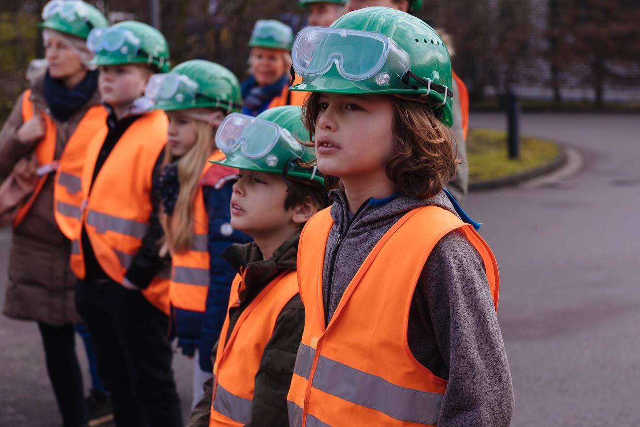 Eine Führung für Kinder durch die Müllverbrennungsanlage Köln